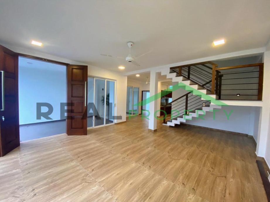 Brand New Luxury House for Sale in Thalawathugoda-image 5