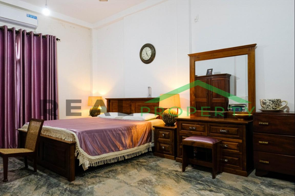 Exotic Fully Furnished 4 Bedroom House for Sale in Dehiwala-image 5