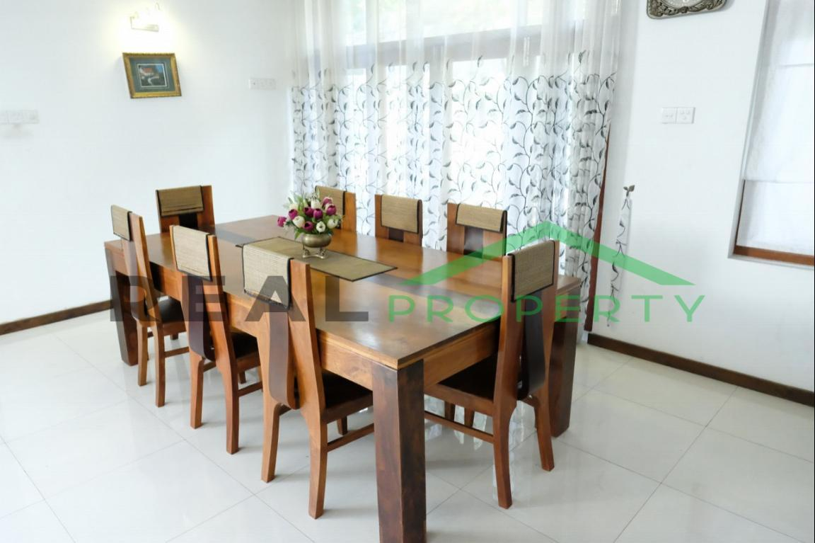 House For Sale In Thalahena-image 2