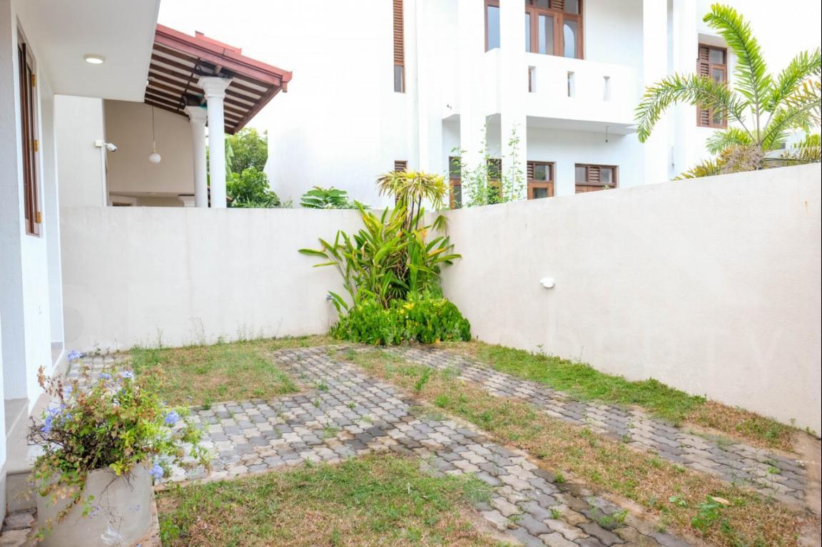 House for Sale in Thalawathugoda-image 10