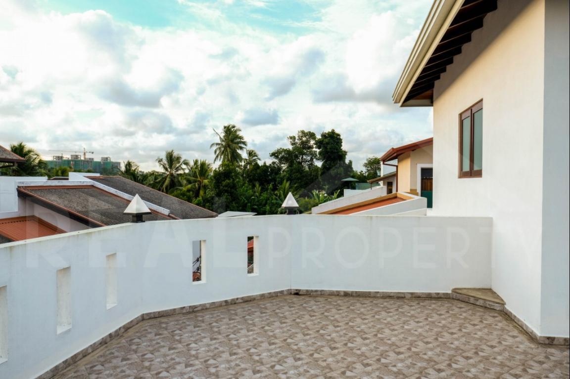 House for Sale in Thalawathugoda-image 9
