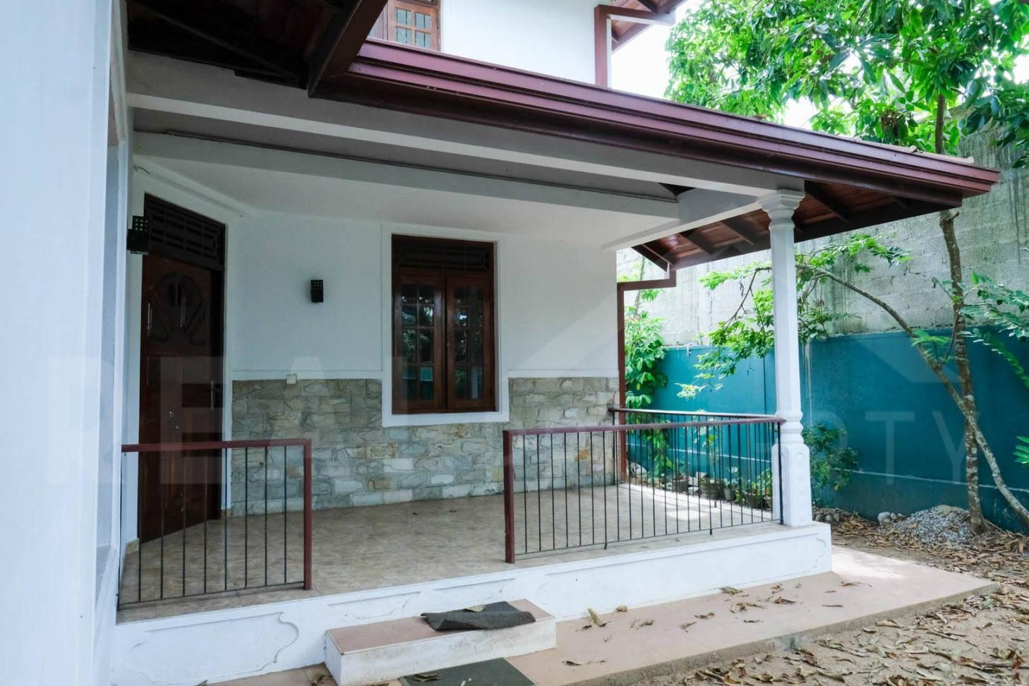 House For Sale in Athurugiriya-image 3