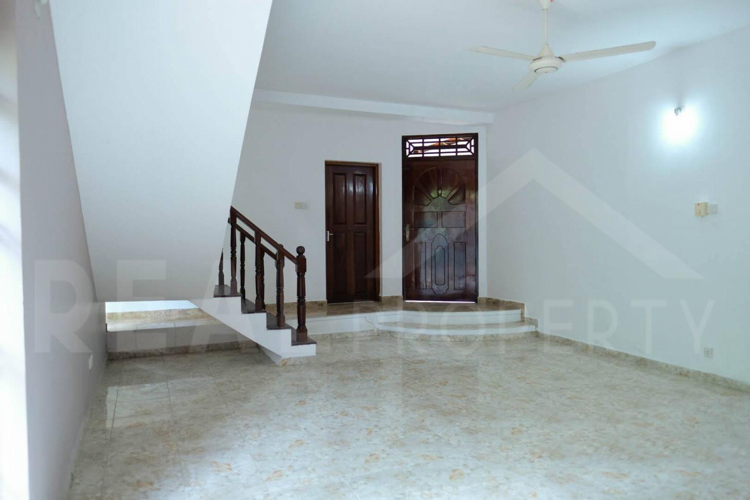House For Sale in Athurugiriya-image 4