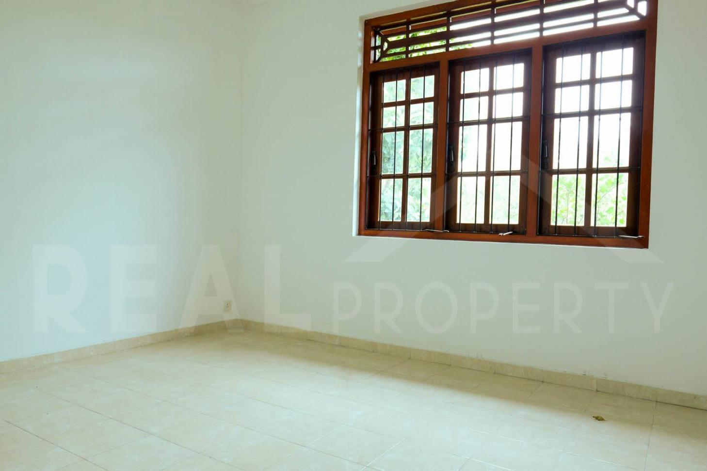 House For Sale in Athurugiriya-image 7