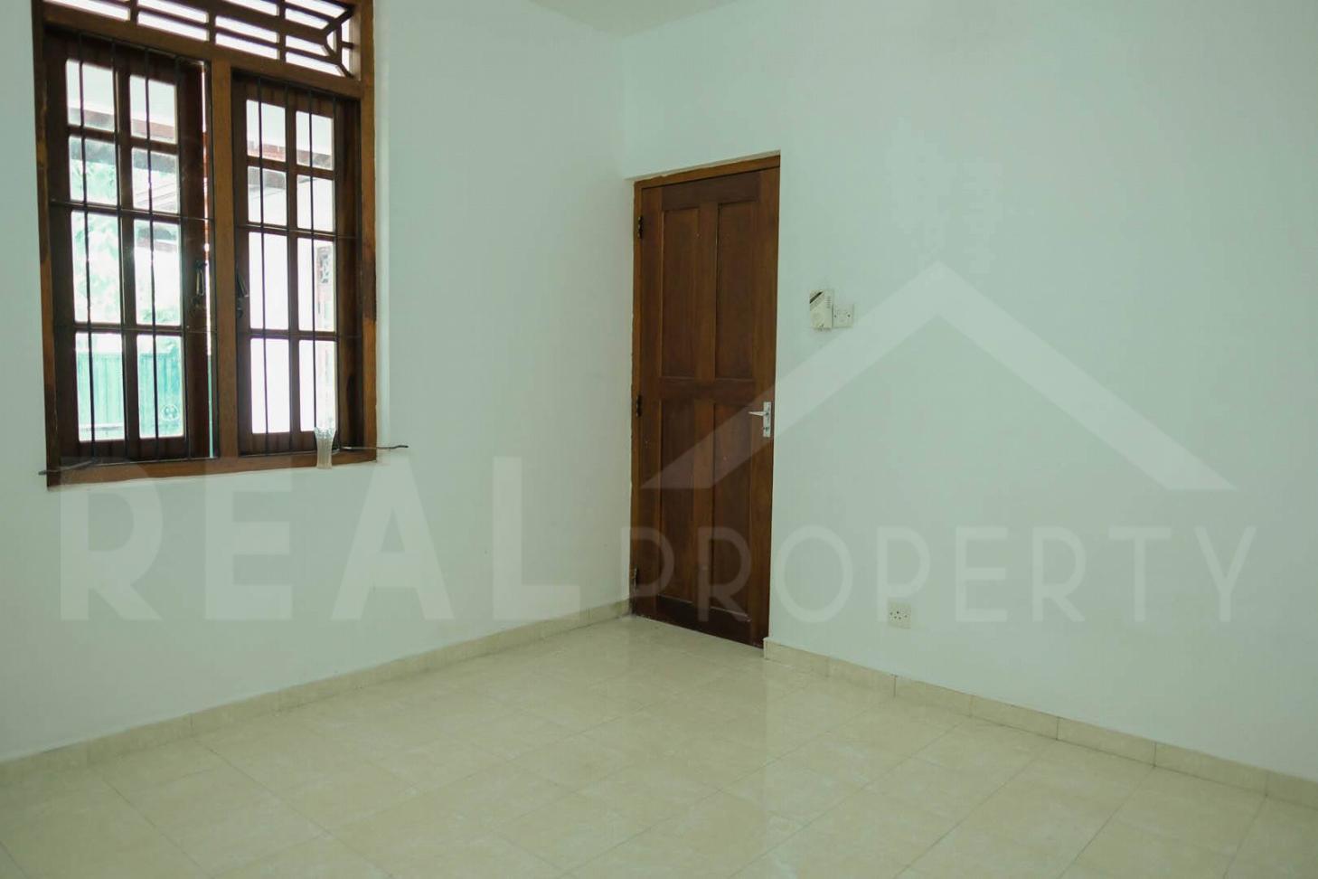 House For Sale in Athurugiriya-image 9