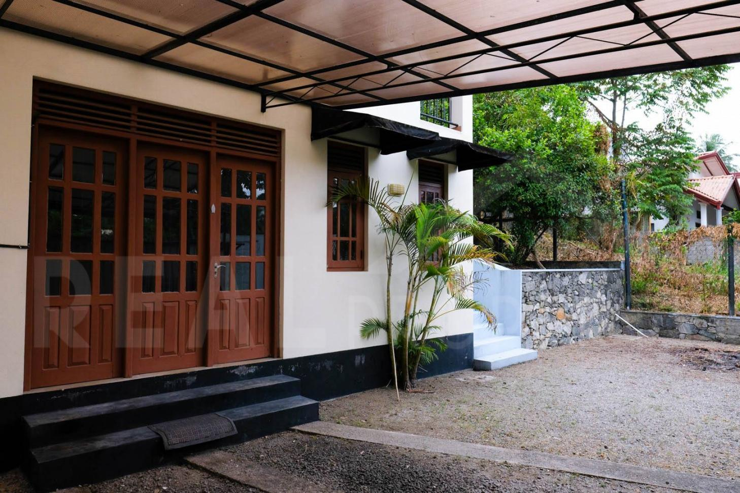 House for Sale in Malabe-image 8