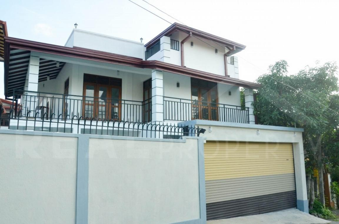 Brand new Luxury House for Sale in Malabe-image 2