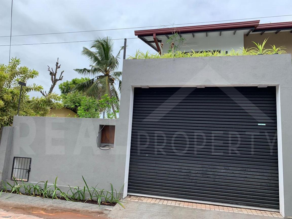 Brand new Luxury House for Sale in Pannipitiya-image 3