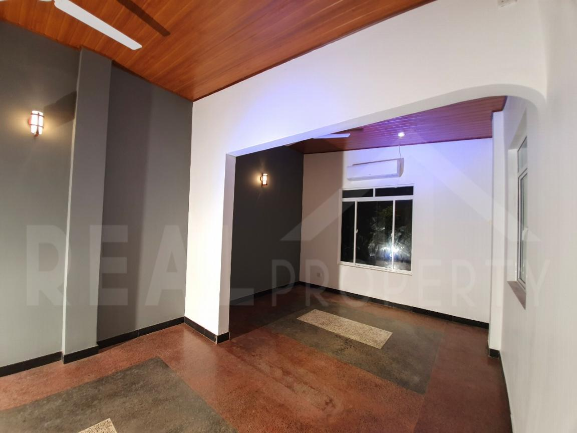 House for Sale in Kandana-image 5