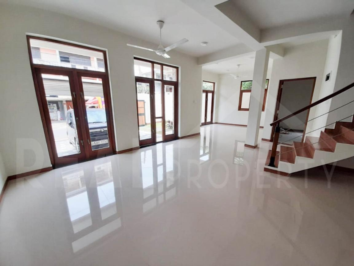 Brand New House For Sale In Kalubowila-image 2