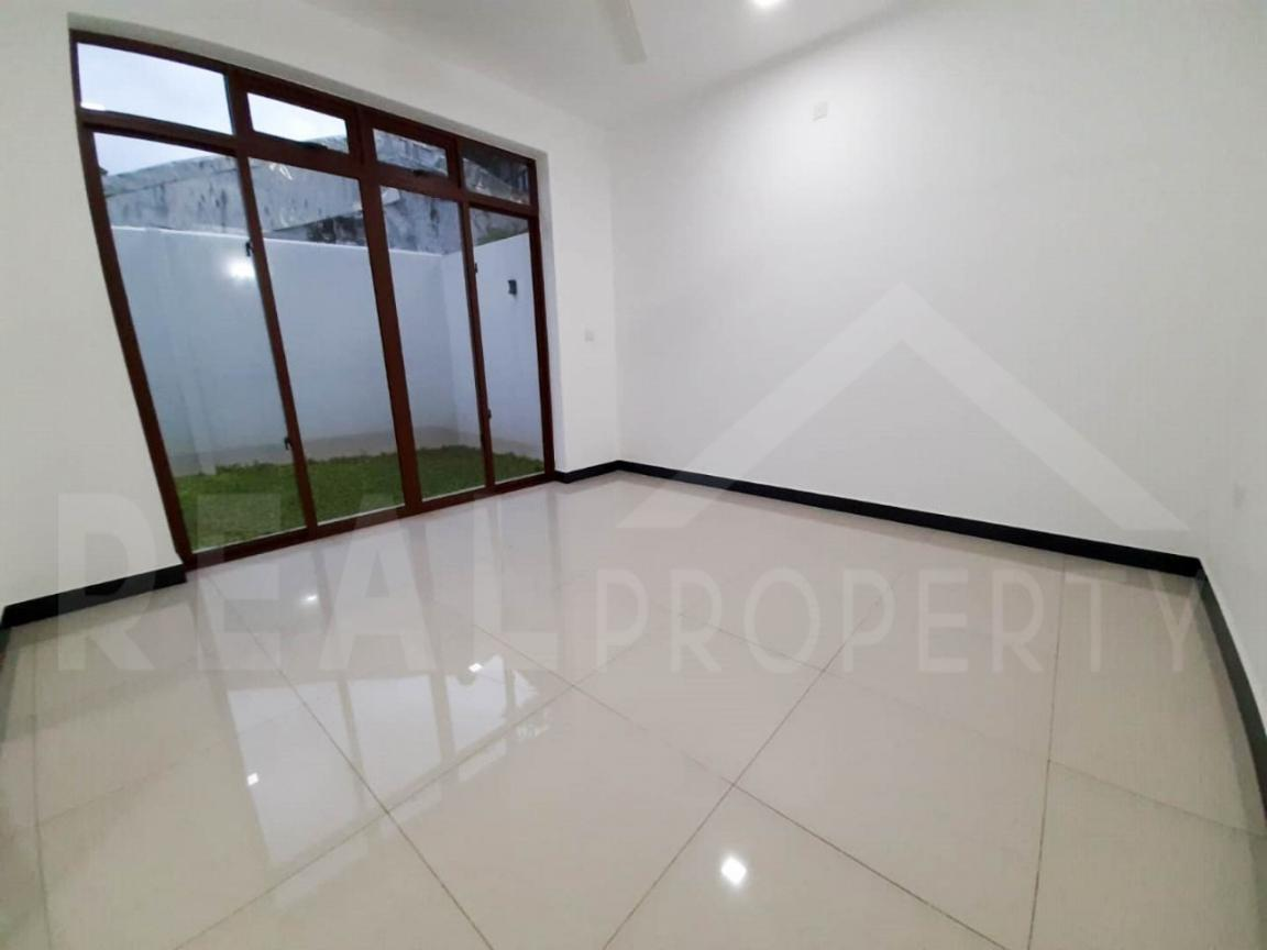 Brand New House For Sale in Dehiwala-image 4