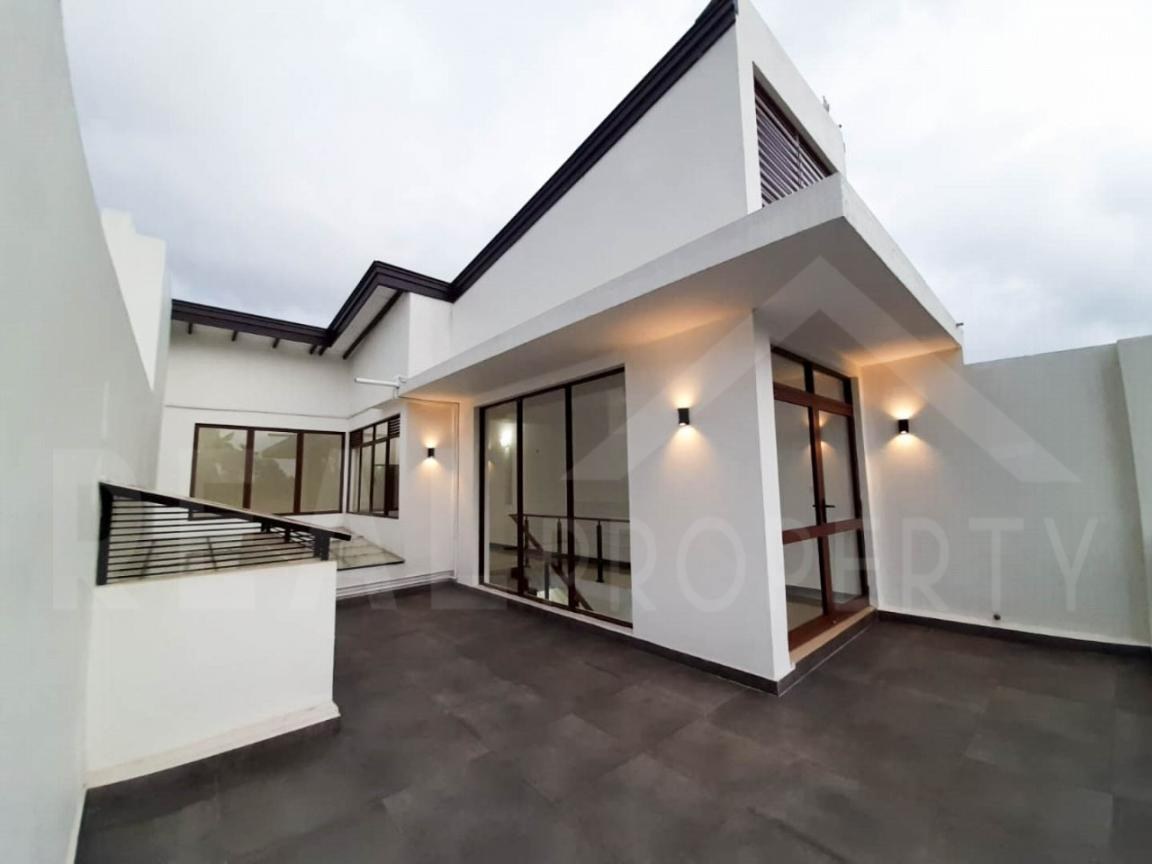 Brand New House For Sale in Dehiwala-image 9