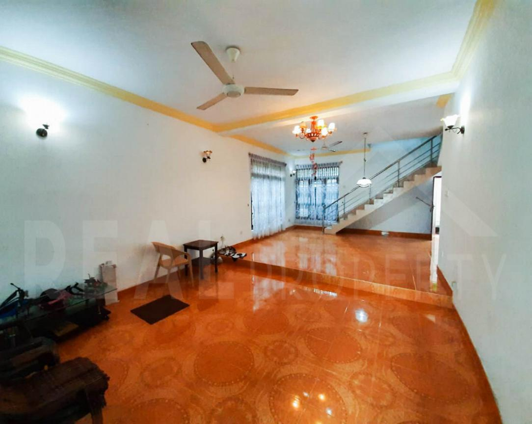 House for Sale in Malabe-image 2
