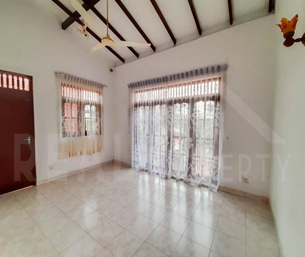 House for Sale in Malabe-image 3