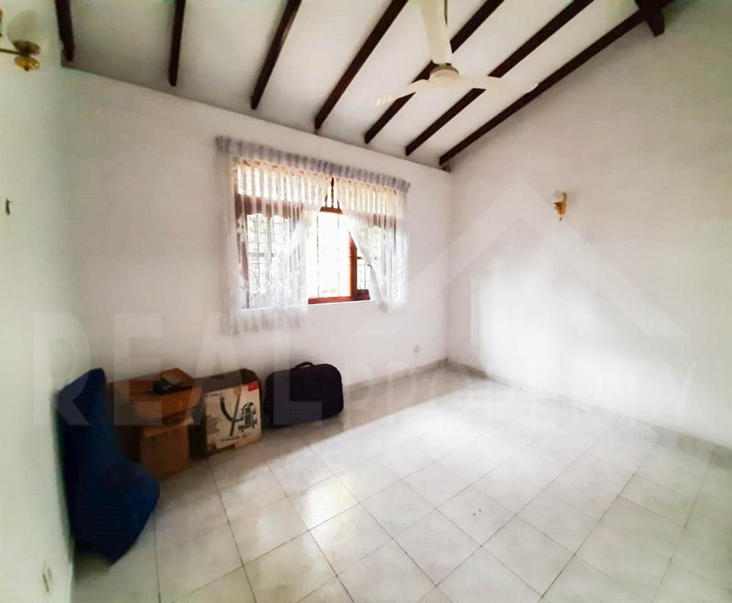 House for Sale in Malabe-image 4
