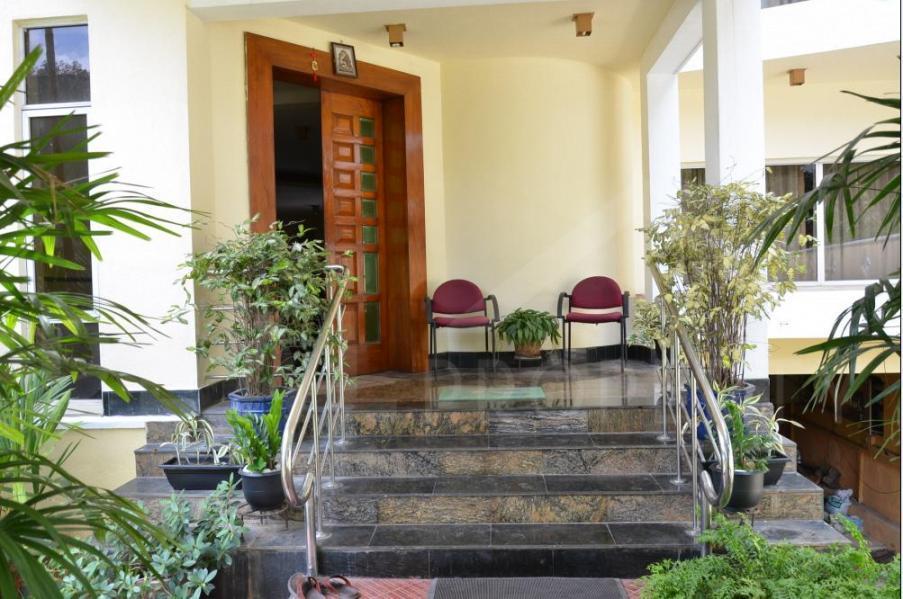 Luxury House for Sale in Rajagiriya-image 2