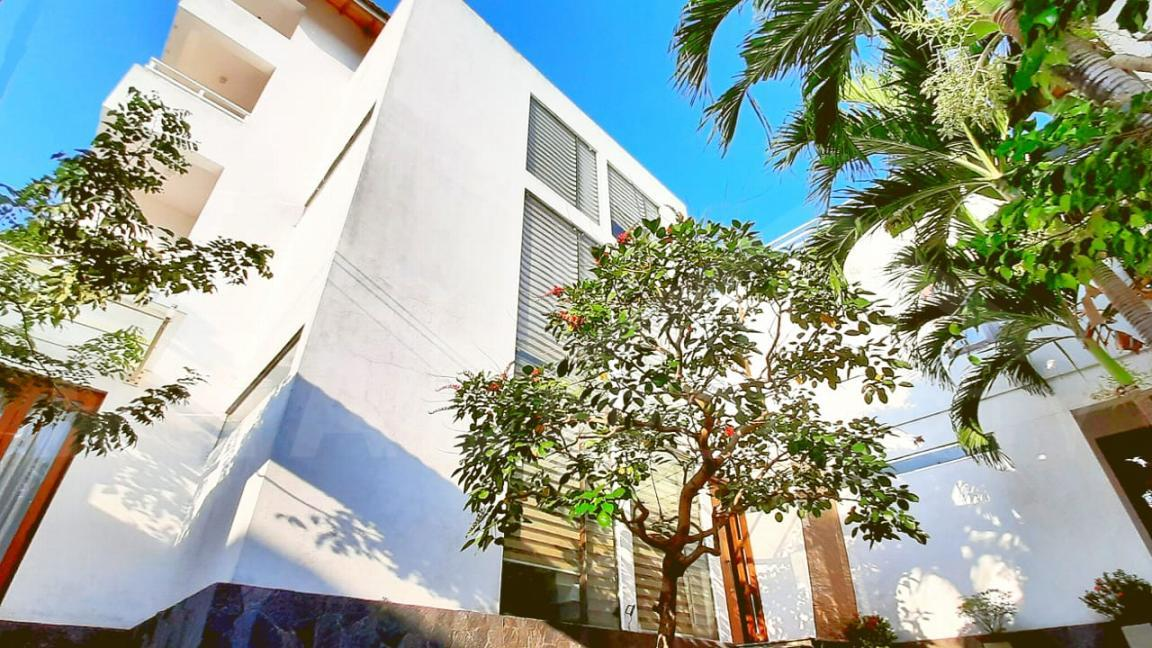 House for Sale in Colombo 05-image 1