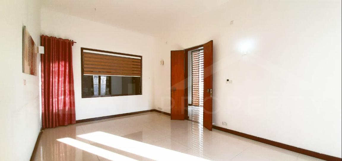 House for Sale in Colombo 05-image 3