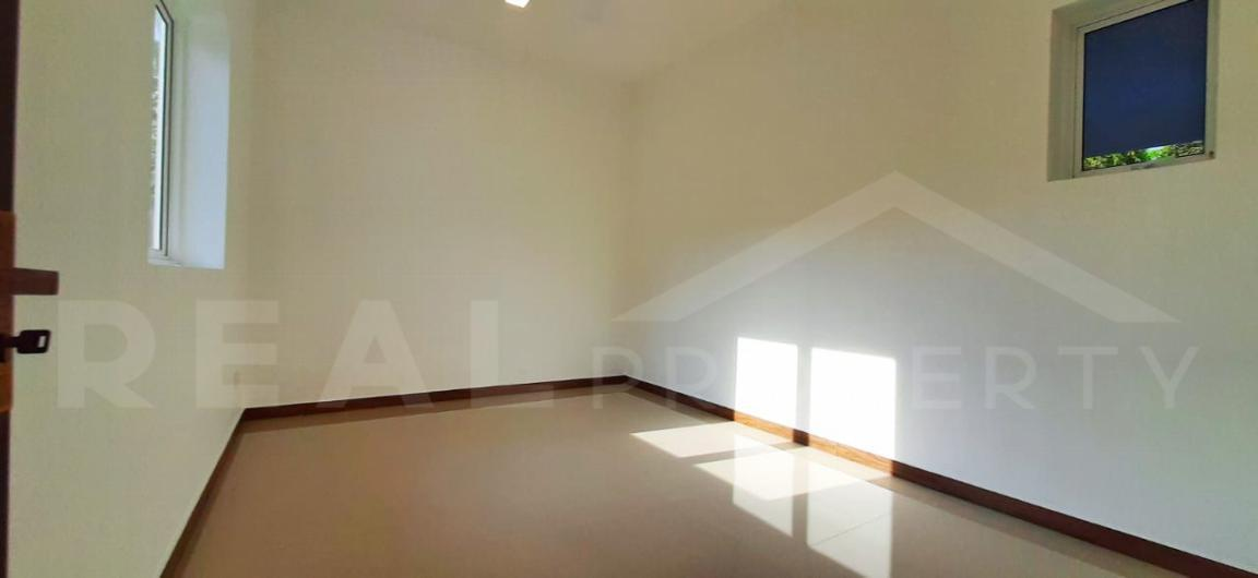 House for Sale in Negombo-image 3