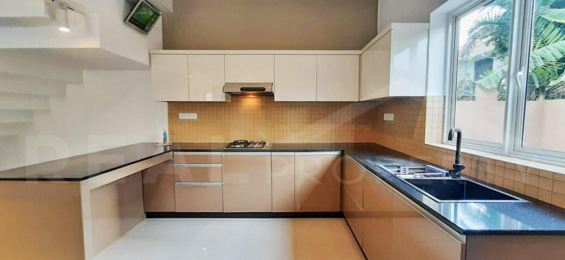 House for Sale in Negombo-image 6