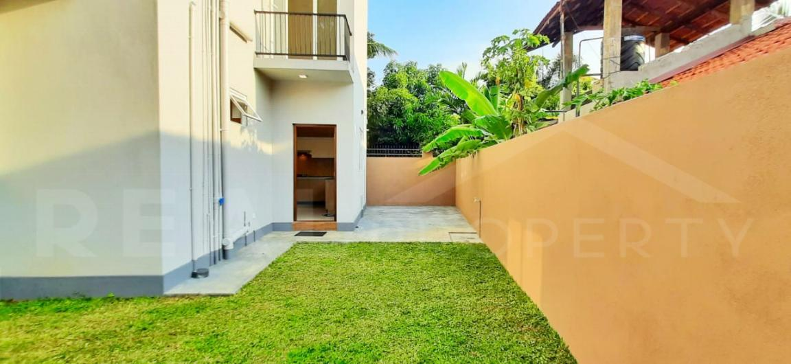 House for Sale in Negombo-image 8