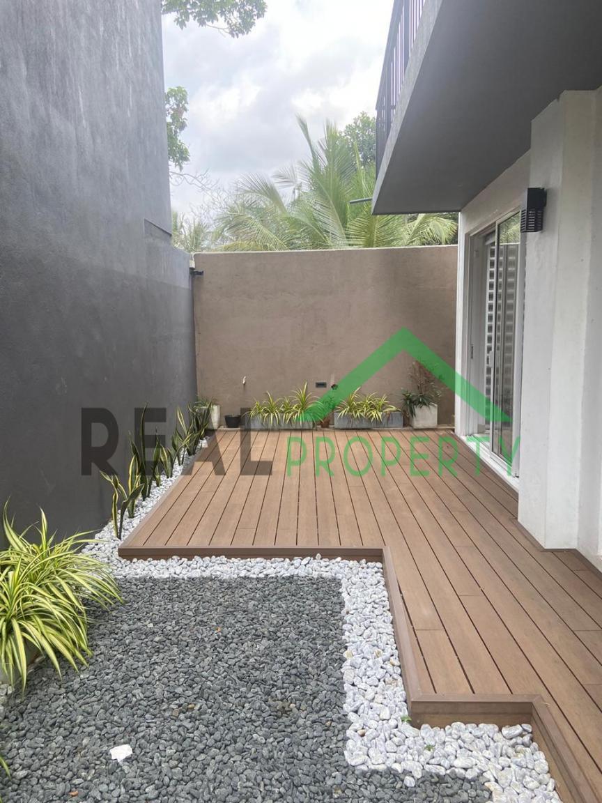 Luxury 3 Storey House For Sale in Thalawathugoda.-image 10