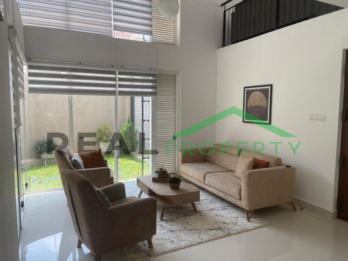 Luxury 3 Storey House For Sale in Thalawathugoda.-image 3