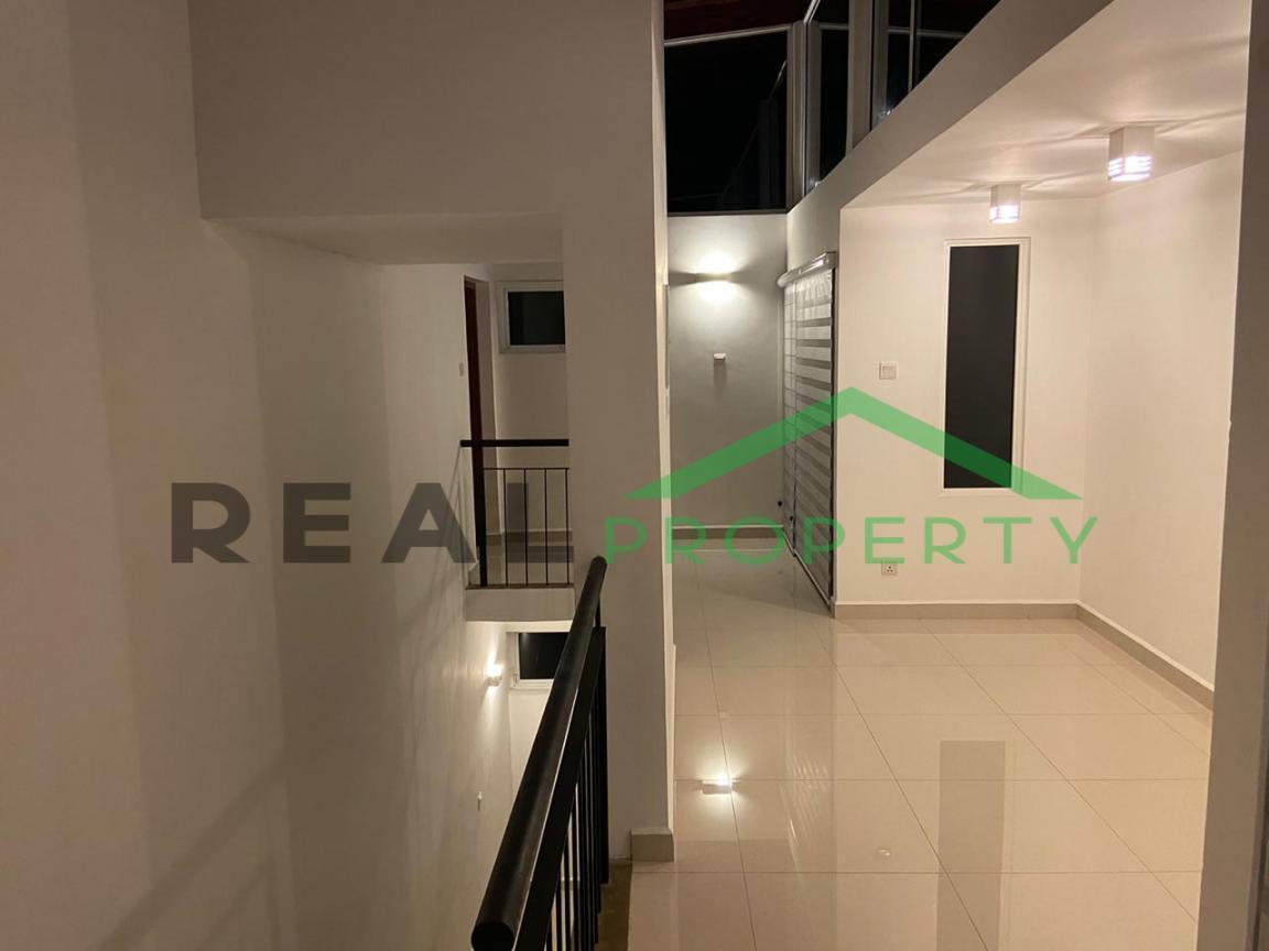 Luxury 3 Storey House For Sale in Thalawathugoda.-image 7