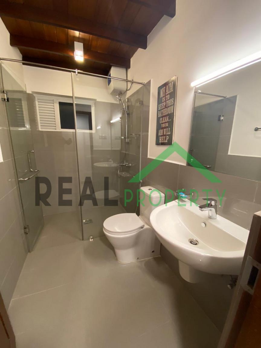 Luxury 3 Storey House For Sale in Thalawathugoda.-image 9
