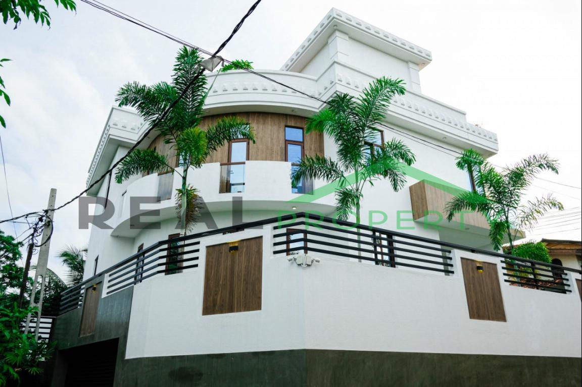 Brand New Luxury House For Sale in Nedimala, Dehiwala-image 1