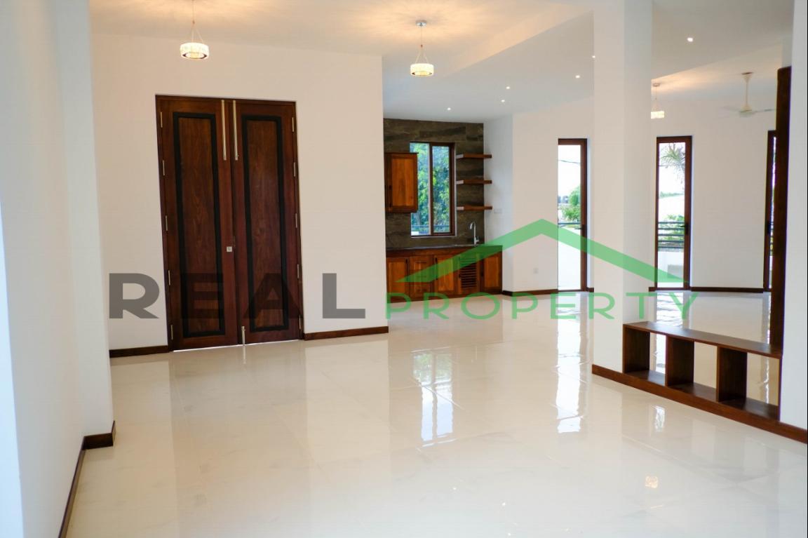 Brand New Luxury House For Sale in Nedimala, Dehiwala-image 2