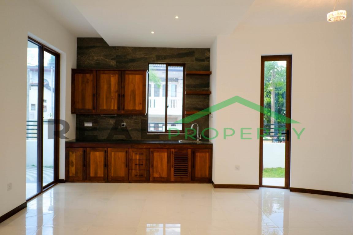 Brand New Luxury House For Sale in Nedimala, Dehiwala-image 3