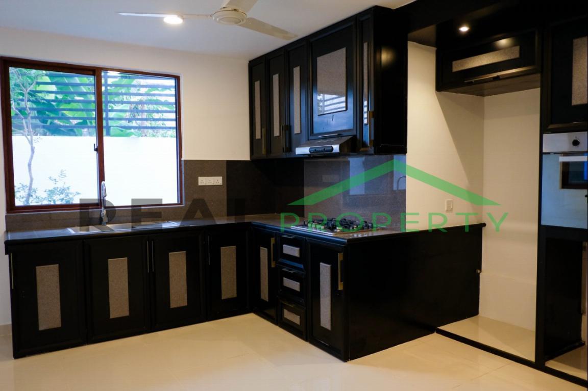 Brand New Luxury House For Sale in Nedimala, Dehiwala-image 5